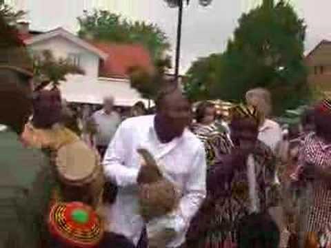 CAMEROONIAN CULTURAL DANCE