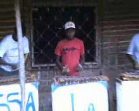 Kassa La Fam Band Zoetele – Balafon