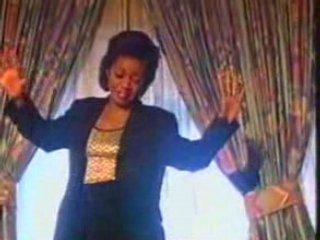 Grace Decca – mbango mwa njou