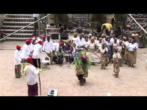 Obang Manyu performing Angbu Dance – Under the Volcano Festival
