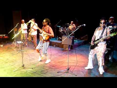 Les Tetes Brulees – en concert a l'IFC Yaoundé 2012
