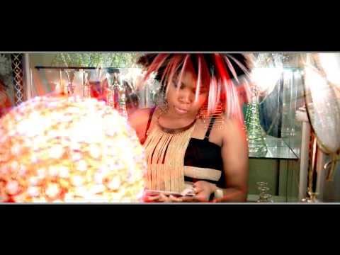COCO ARGENTEE – Coco carbure (2014)