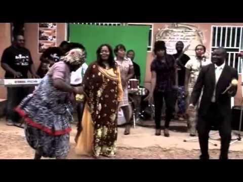ODILE NGASKA – Fou de Jesus