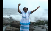 MONIKA – U ye Nyambe (Assiko Gospel)