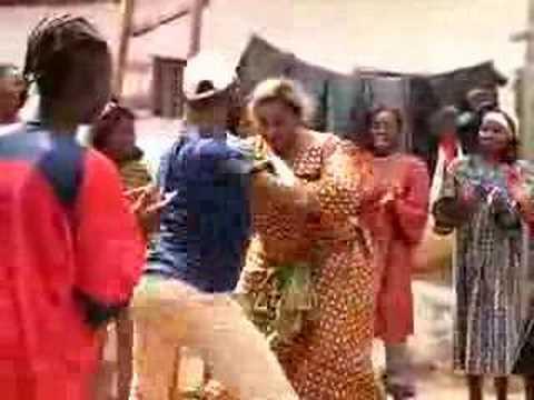 Yaounde – Traditional Bikutsi